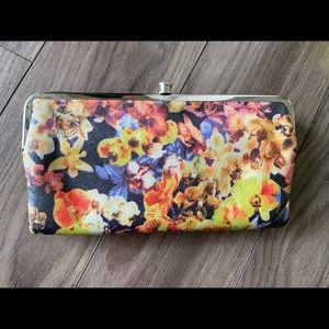 Hobo Lauren wallet clutch